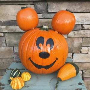 DisneyPumpkinLounge