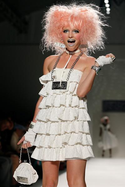 Fashion Betsey Johnson Spring 2014