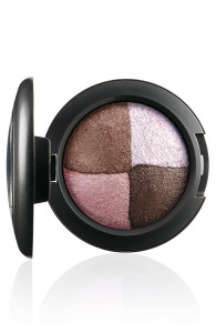 FantasyOfFlowers-EyeShadow-PinkSensibilities-72