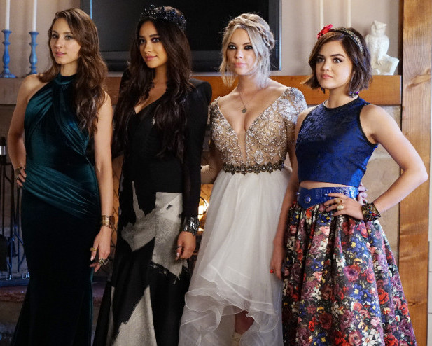 TROIAN BELLISARIO, SHAY MITCHELL, ASHLEY BENSON, LUCY HALE