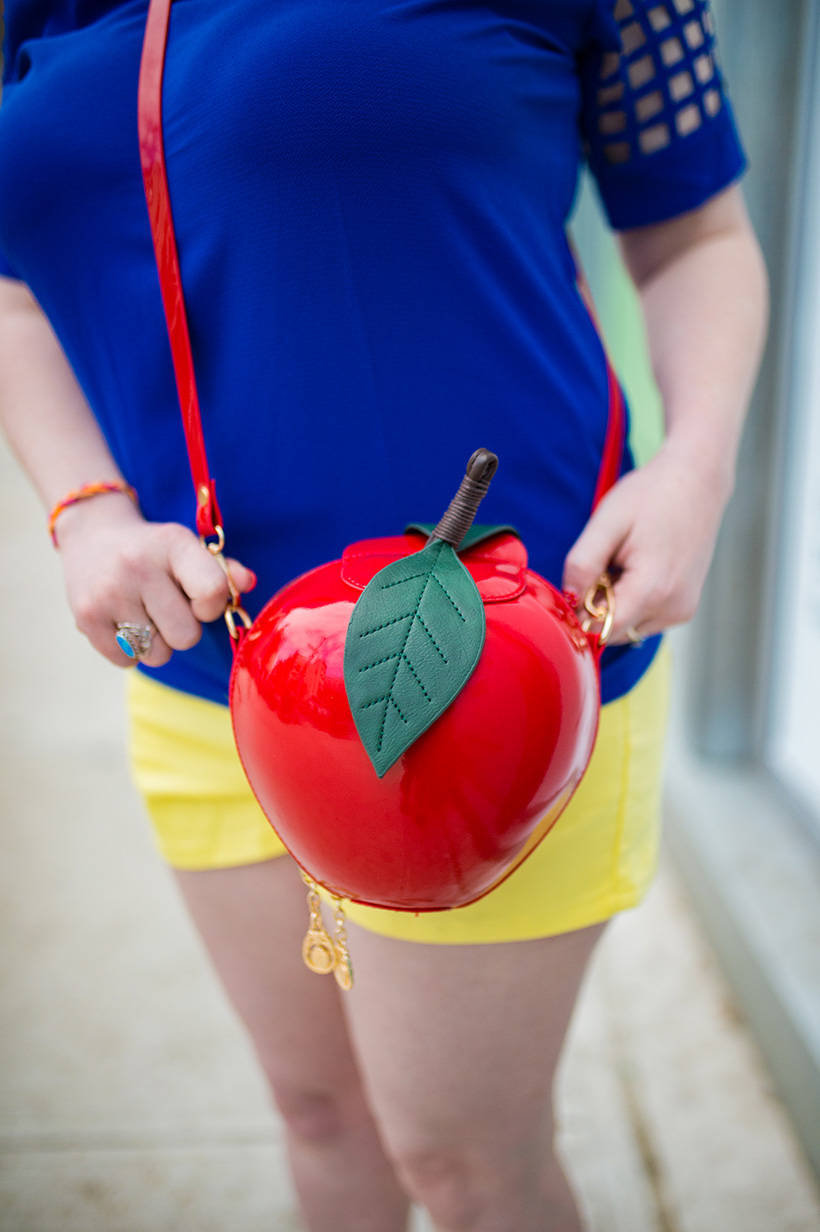 Snow White Apple Purse