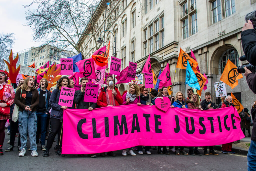 Picture of UK crowd advocating climate change