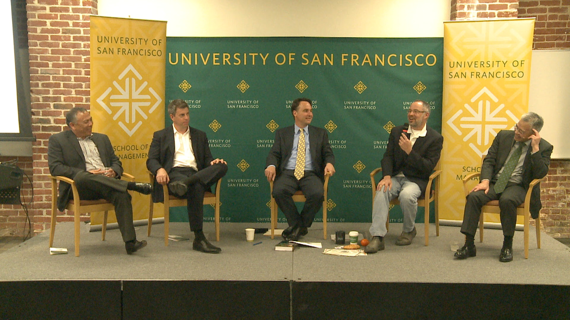 The Price of Oil and Commodity Investing.  Guests:    Mr. Nick Gerber, Mr. John Love, Mr. Andy Ngim, and Mr. Robert Nguyen.