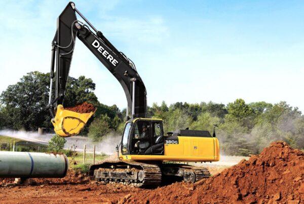 John Deere 380G LC Excavator