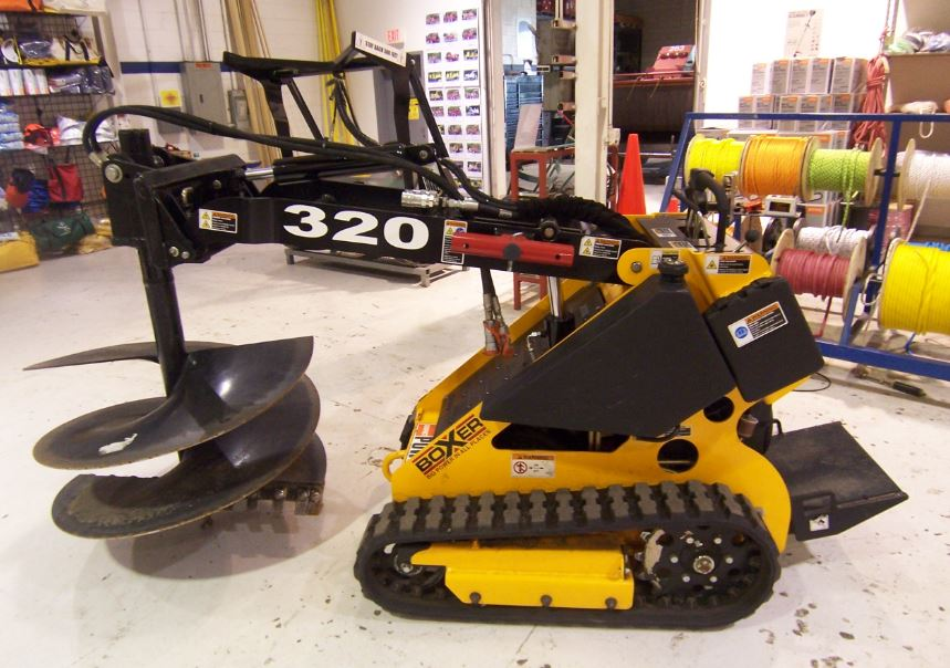 Boxer 320 Mini-Skid Steer Key Features