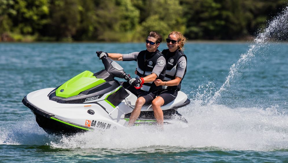Yamaha EX Waverunner Specifications