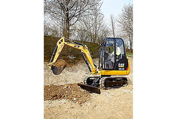 CAT 302.4d STANDARD EQUIPMENT