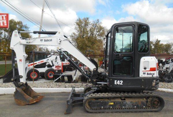 Bobcat E42 Mini Excavator Overview