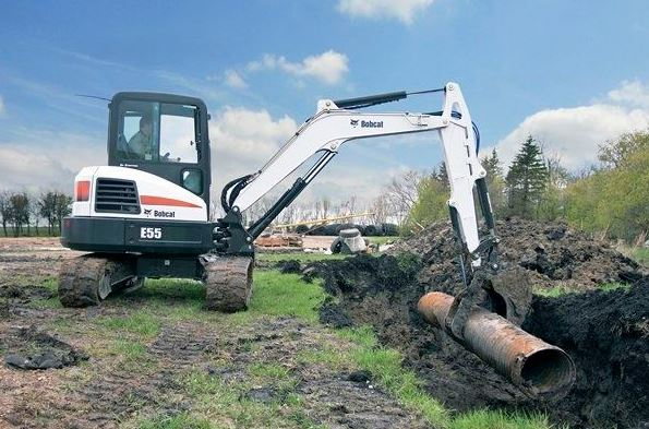 Bobcat E55 Mini Excavator key features