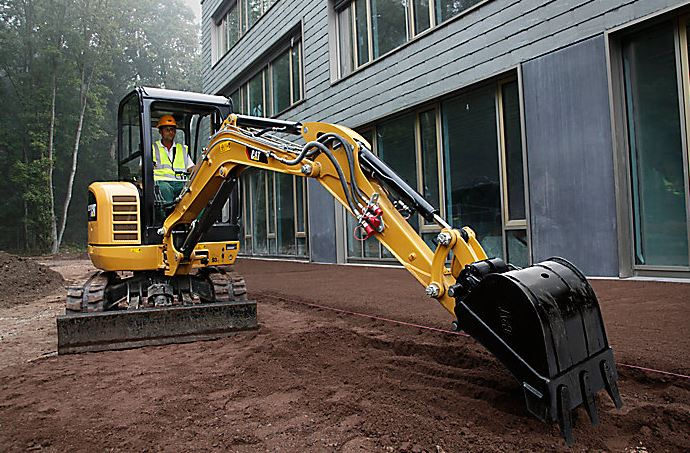 CAT 302.7D CR Mini Excavator key Features