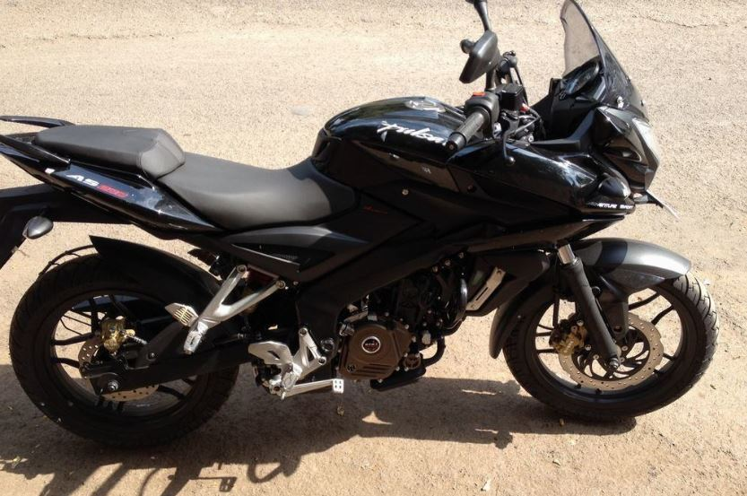 Bajaj Pulsar AS 200 black