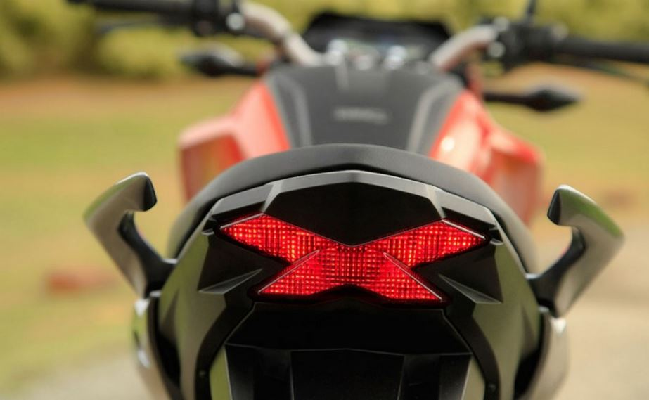 Honda Hornet bike photos