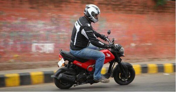 Honda Navi mileage