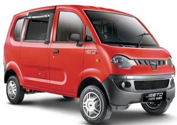 Mahindra Jeeto Minivan mileage