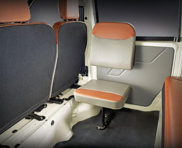 Mahindra Jeeto Minivan specifications