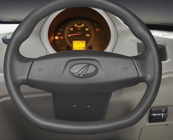 Mahindra Jeeto Minivan steering