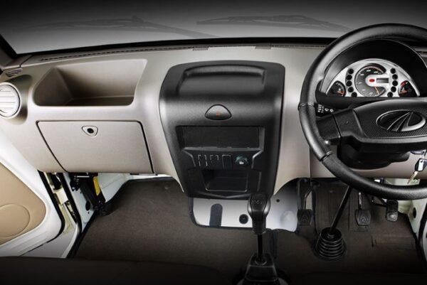 Mahindra Supro Mini Van interior