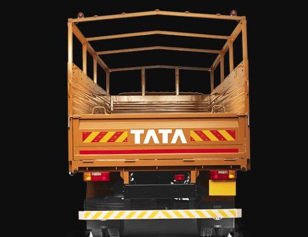 TATA LPT 1109 HEx2 truck Price in India