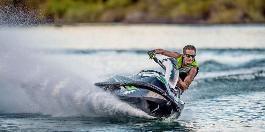 Kawasaki-jet-ski-SXR-Specifications