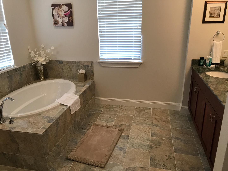 Bathroom31