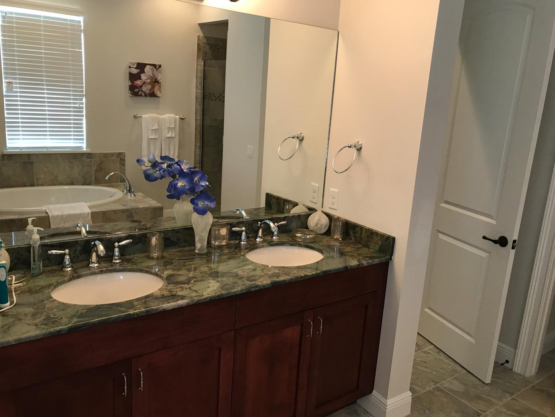 Bathroom33