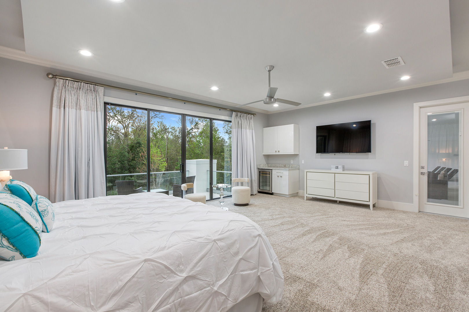 Bedrooms48