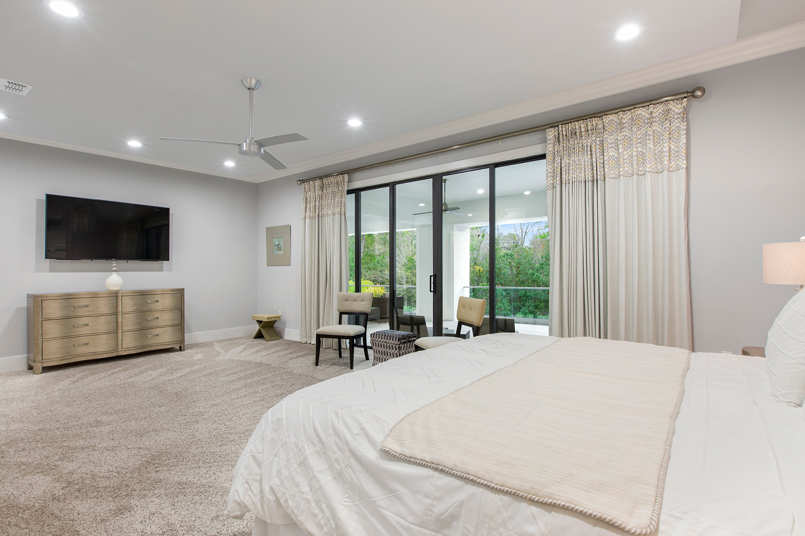 Bedrooms53