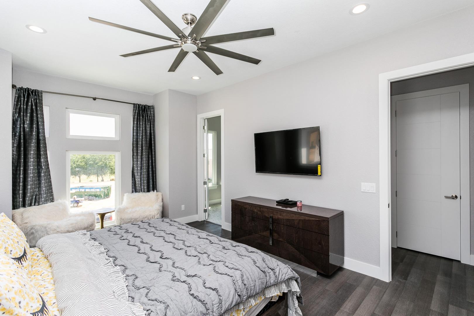 Bedrooms9