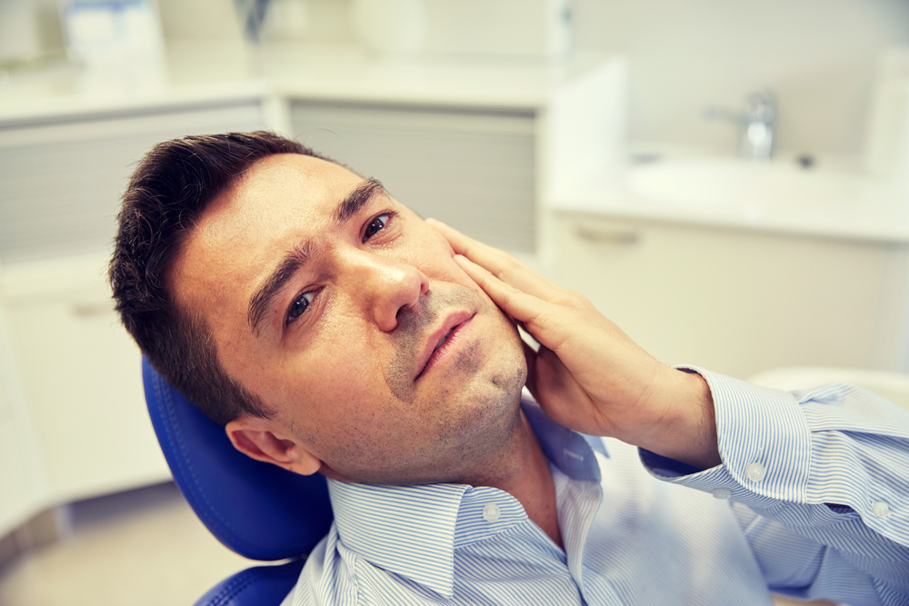 why would the best dentist in north palm beach perform an extraction