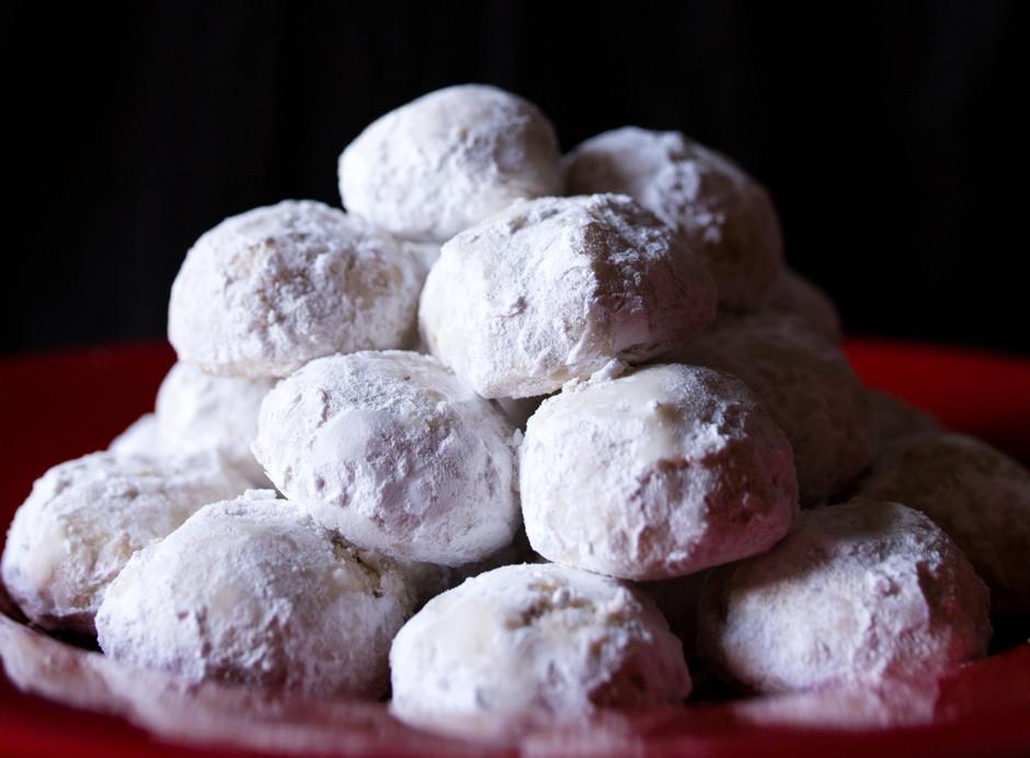 Favorite Christmas Cookies.Pecan Dream Cookies