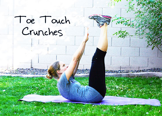 toe touch crunches