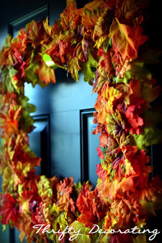 20 DIY Fall Wreath Tutorials from InspiredRD.com #crafting #diy