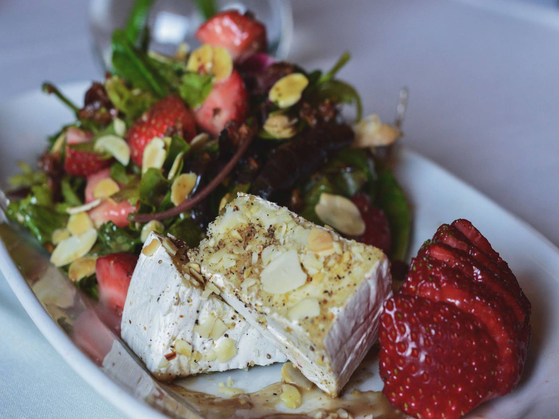 Brie, Strawberry and Almond Salad