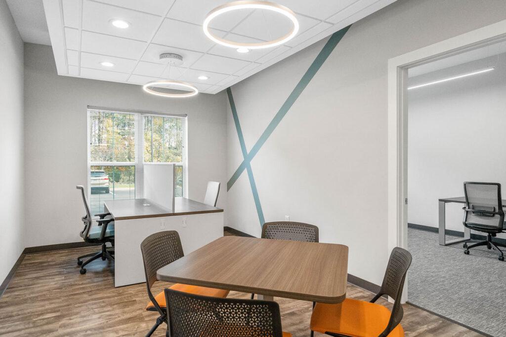Focus Office Suites Huntersville desk flex-space