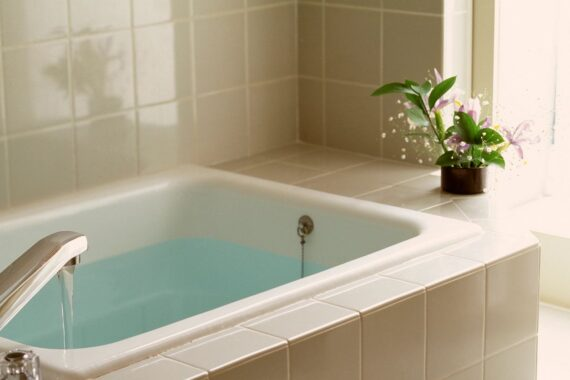 Fill bathtub with water during an outage
