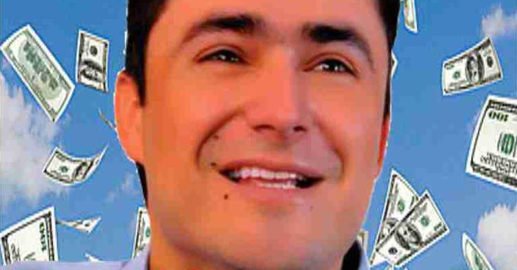 Ciro Fernández en el ojo del huracán por voto positivo a la tributaria
