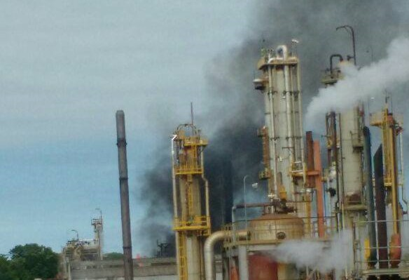 Emergencia en la refinería abre debate sobre la urgencia del PMRB