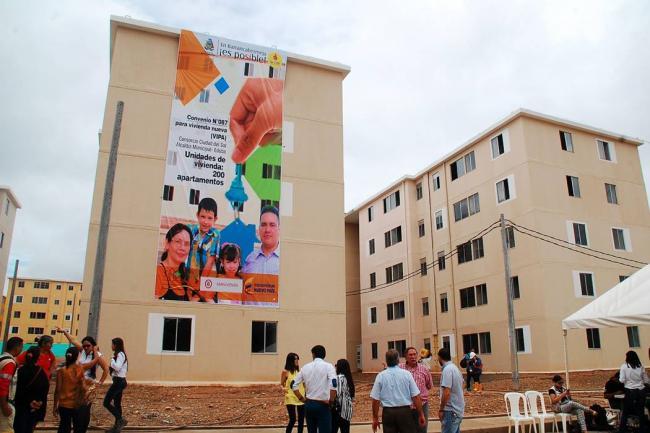 En B/bermeja, con el apoyo de EDUBA, Minvivienda entrega 200 viviendas