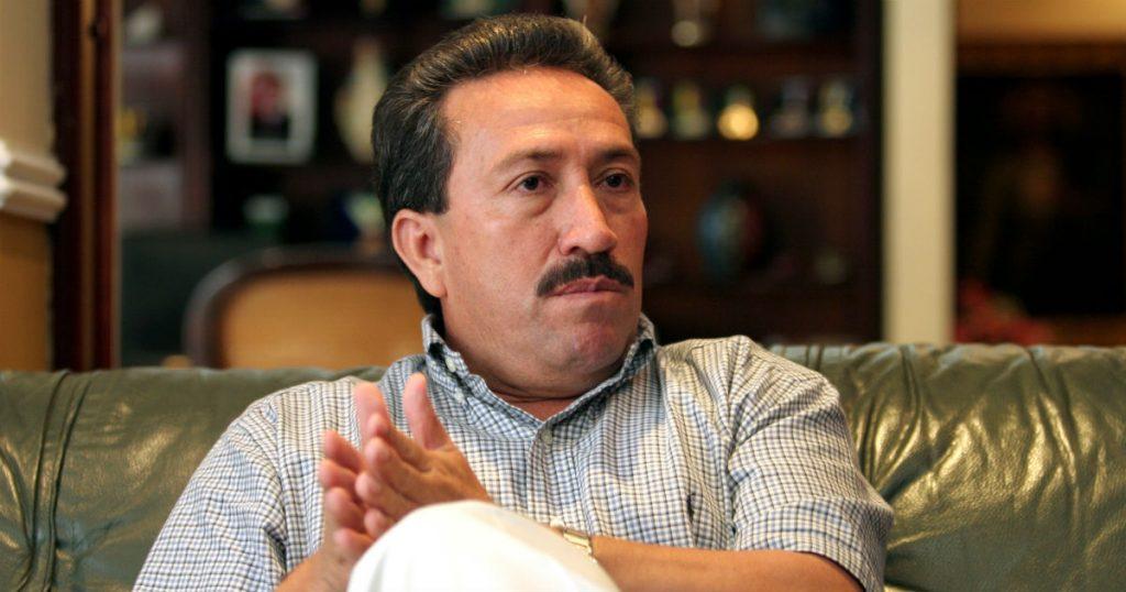 Hugo Aguilar podría regresar a prisión por incumplir a víctimas de los 'paras'