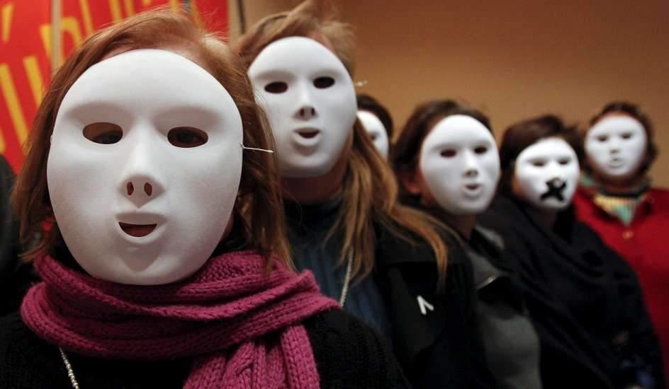 Alcaldía ofrece 'becas especiales' a estudiantes víctimas de la violencia