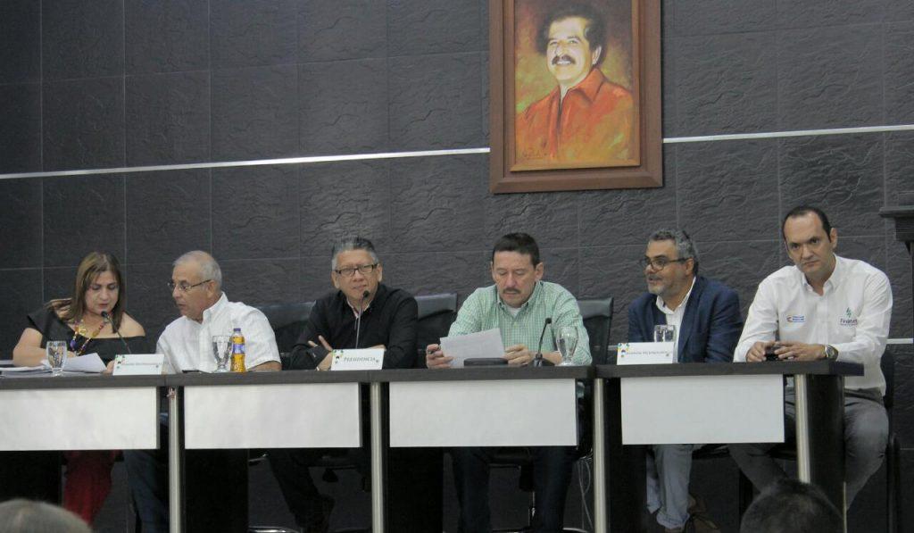Alcalde expone ante la Asamblea de Santander estrategia Barrancabermeja Global 20-50