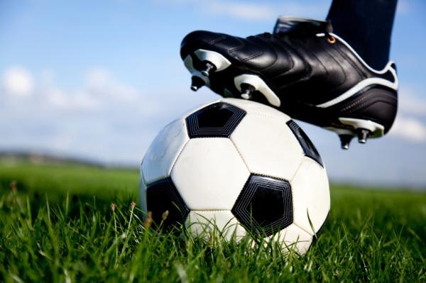Organizan evento para homenajear a viejas glorias del fútbol barranqueño