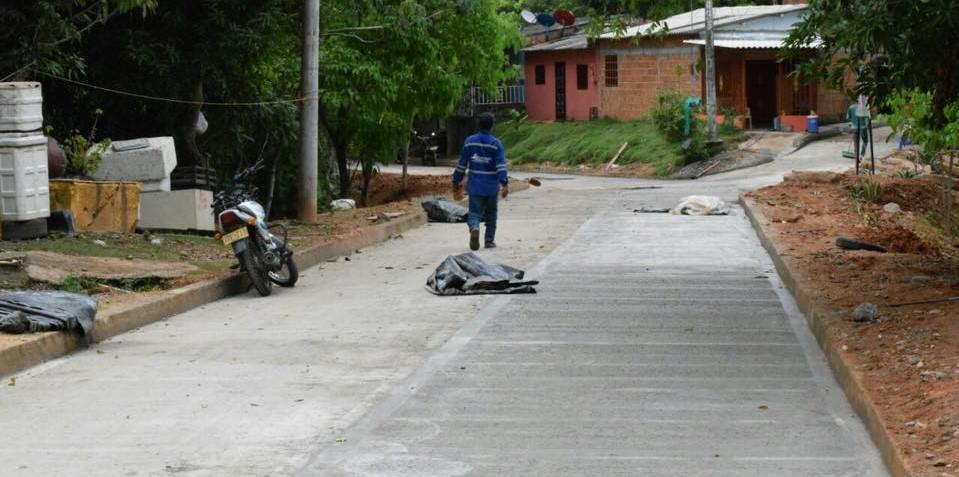 """Barrio 16 de marzo totalmente pavimentado, """"Estamos cumpliendo"""":  Alcaldía Municipal"""