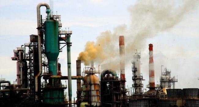 Estudios revelan que 'catalizadores' en la industria petrolera si pueden afectar la salud