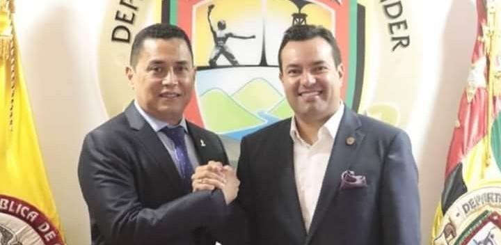 Óscar Porras fue reelegido como rector de la UNIPAZ en B/bermeja
