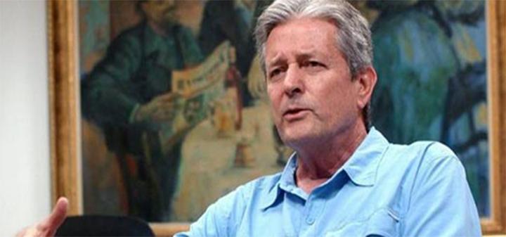Leónidas Gómez renuncia al senado para buscar Gobernación de Santander