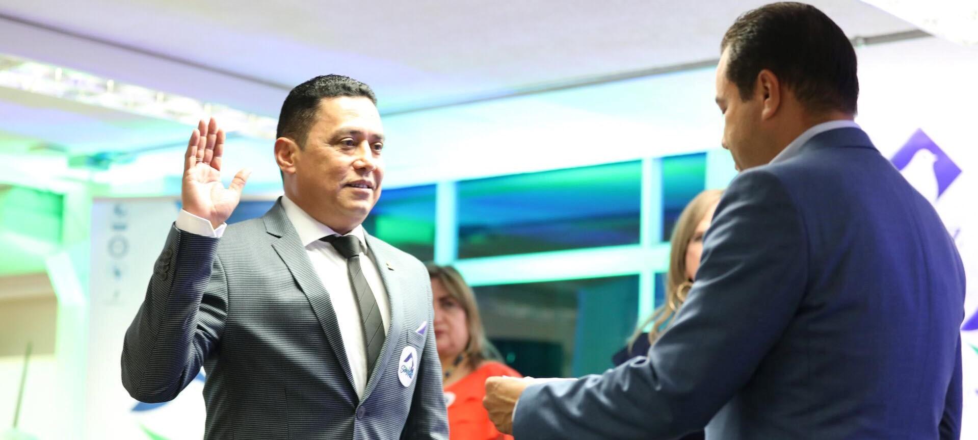 Se posesiona Oscar Porras como Rector de UNIPAZ