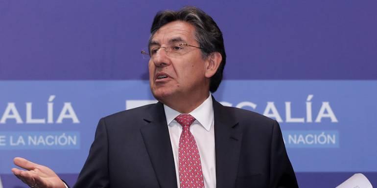 Demandan elección del fiscal Néstor Humberto Martínez por haber ocultado información
