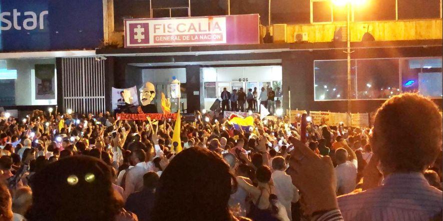 'Cacerolazo' para pedir la renuncia del Fiscal Martínez