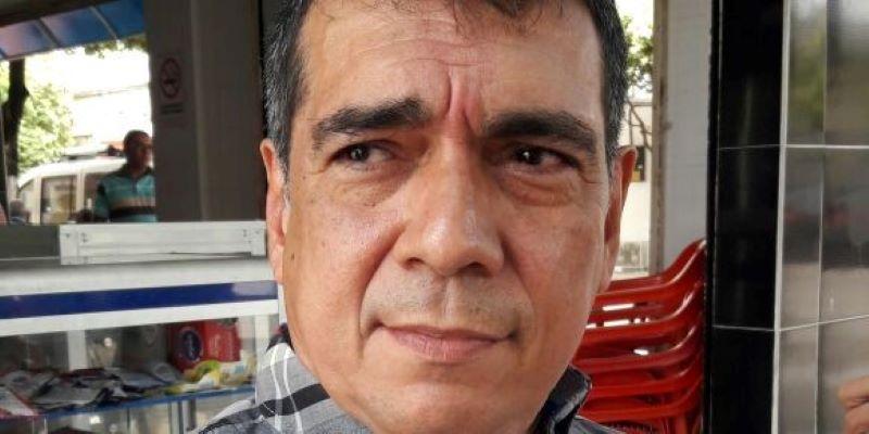 Álvaro Rueda se inscribió como precandidato a la Asamblea de Santander